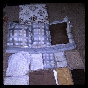 15 Piece Queen Size Comforter Set